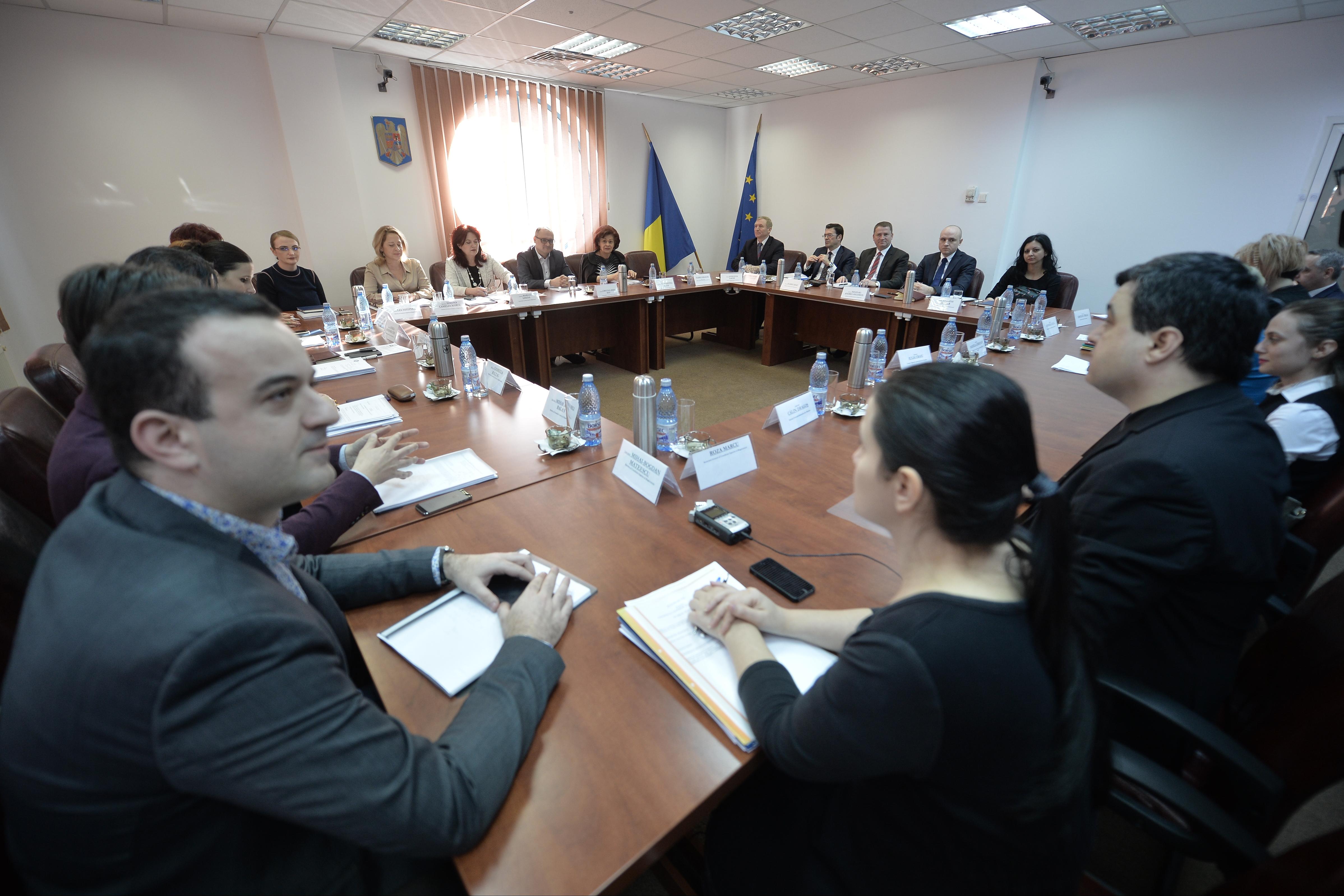 Vicepreşedintele CSM cere ca încetarea detaşărilor la Consiliu să fie discutată în plen, nu în secţii