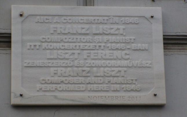 Cel mai vechi hotel din Arad, în care au concertat Franz Liszt şi Johann Strauss fiul, a fost vândut - FOTO