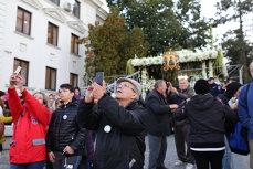 Imaginea articolului Pelerinajul Cuvioasei Parascheva de la Iaşi s-a încheiat; 300.000 de oameni s-au închinat la moaşte | VIDEO