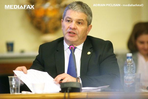 Imaginea articolului Asociaţia Producătorilor de Medicamente Generice cere demiterea lui F. Bodog şi a şefului CNAS