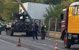 Un vehicul de luptă blindat a lovit un stâlp în Galaţi