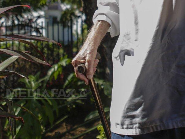 Imaginea articolului Un veteran de război de 92 de ani riscă 5 ani de închisoare pentru că a înşelat statul. Ce făcea cu biletele CFR