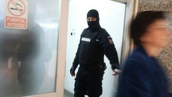 Imaginea articolului Ancheta DNA la Morga din Galaţi privind transportul cadavrelor:  Serviciului de Medicină Legală şi asistentul şef al instituţiei, reţinuţi pentru 24 de ore