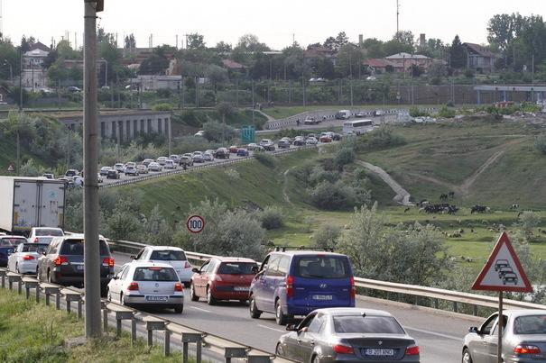 Trafic rutier blocat pe A2, în zona localităţii Cernavodă, din cauza unui accident în care a fost implicat un motociclist