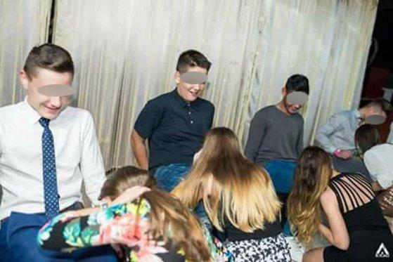 Imaginea articolului Balul Bobocilor din CLUJ. Ministrul Educaţiei anunţă schimbări drastice, după ce elevii au mimat acte sexuale