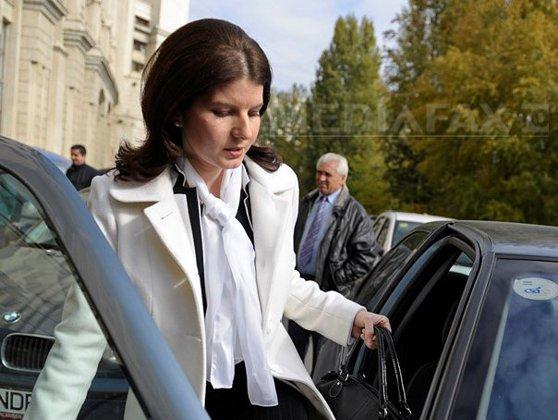 Imaginea articolului Monica Iacob Ridzi, fost ministru al Tineretului, poate fi eliberată condiţionat. Decizia Judecătoriei Gherla