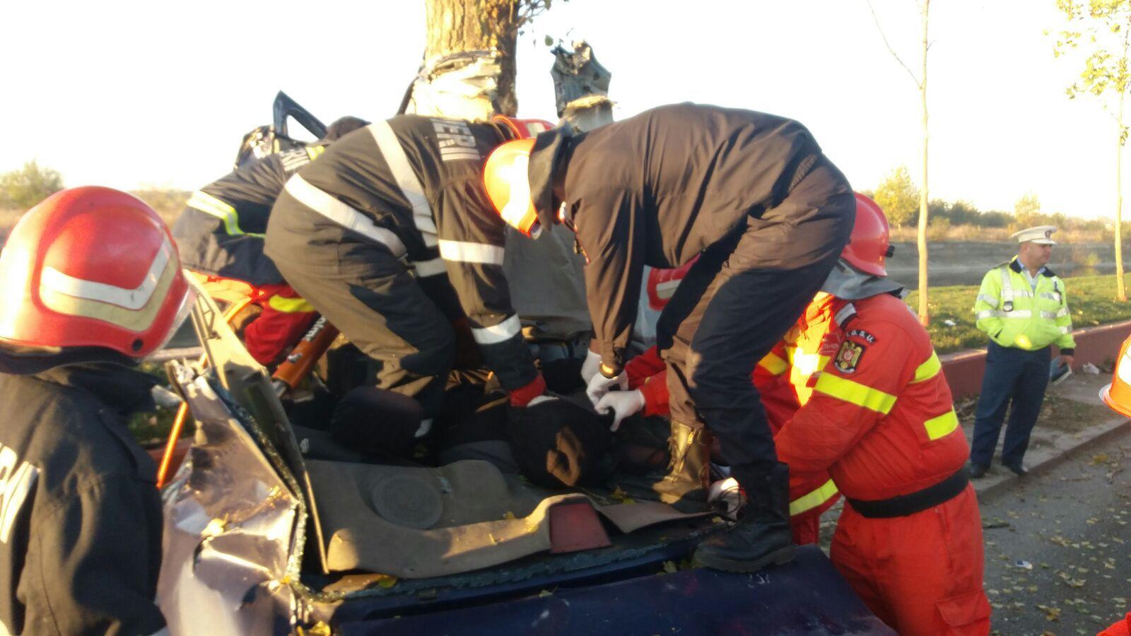 ACCIDENT pe Splaiul Unirii din Capitală: Două persoane au murit. Traficul este restricţionat | FOTO