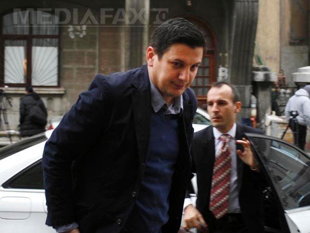 Fostul deputat Alin Trăşculescu, eliberat din Penitenciarul Focşani după ce a ispăşit jumătate din pedeapsă