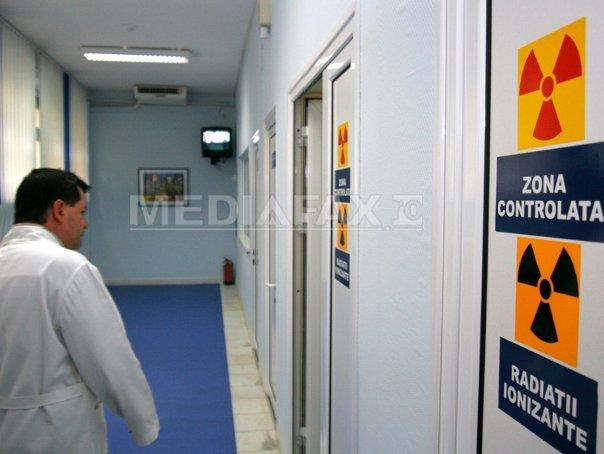 Ministrul Bodog a semnat contractul pentru achiziţionarea de echipamente de radioterapie pentru cinci spitale