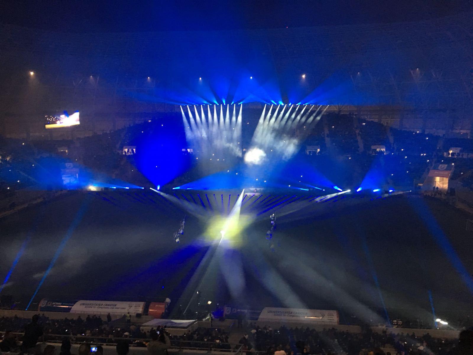 Noul stadion din Craiova, inaugurat cu un spectacol, un show pirotehnic şi un meci amical/ Piţurcă: Anul acesta, anul viitor, Craiova va fi campioană | GALERIE FOTO