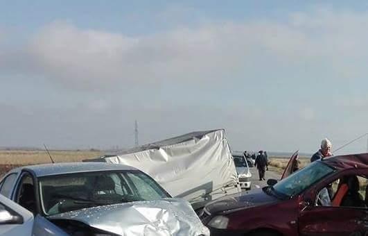 Dolj: O fetiţă a murit şi două persoane au fost rănite într-un accident rutier