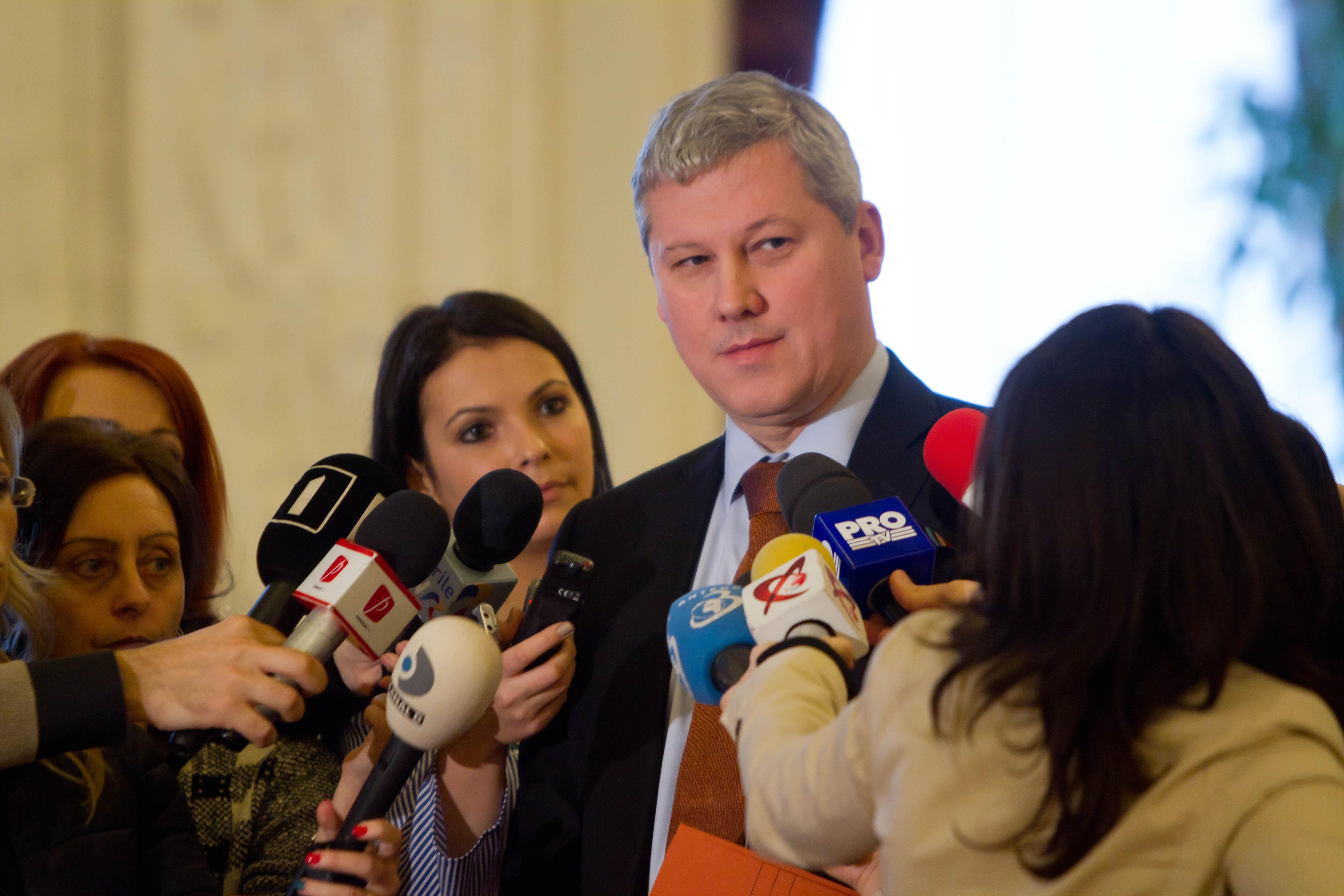 Predoiu, fost ministru al Justiţiei: MCV îi confirmă ministrului Toader că merge pe un drum greşit