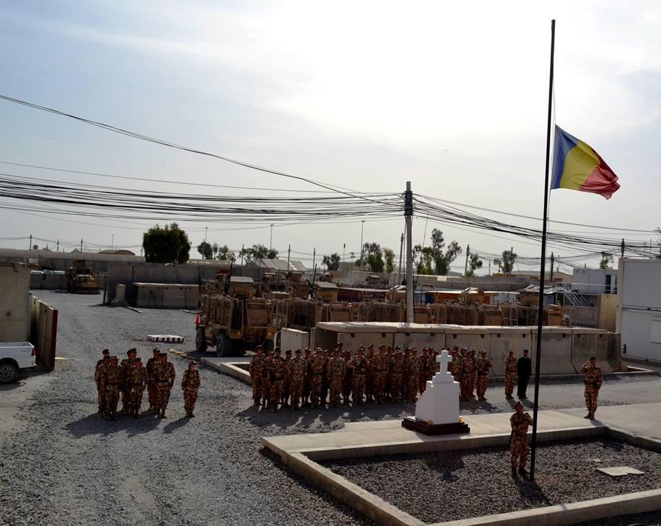 Militari rănţi în operaţiunile din Irak şi Afganistan ar putea primi titlul de cetăţeni de onoare ai Capitalei, la solicitarea ministrului Apărării