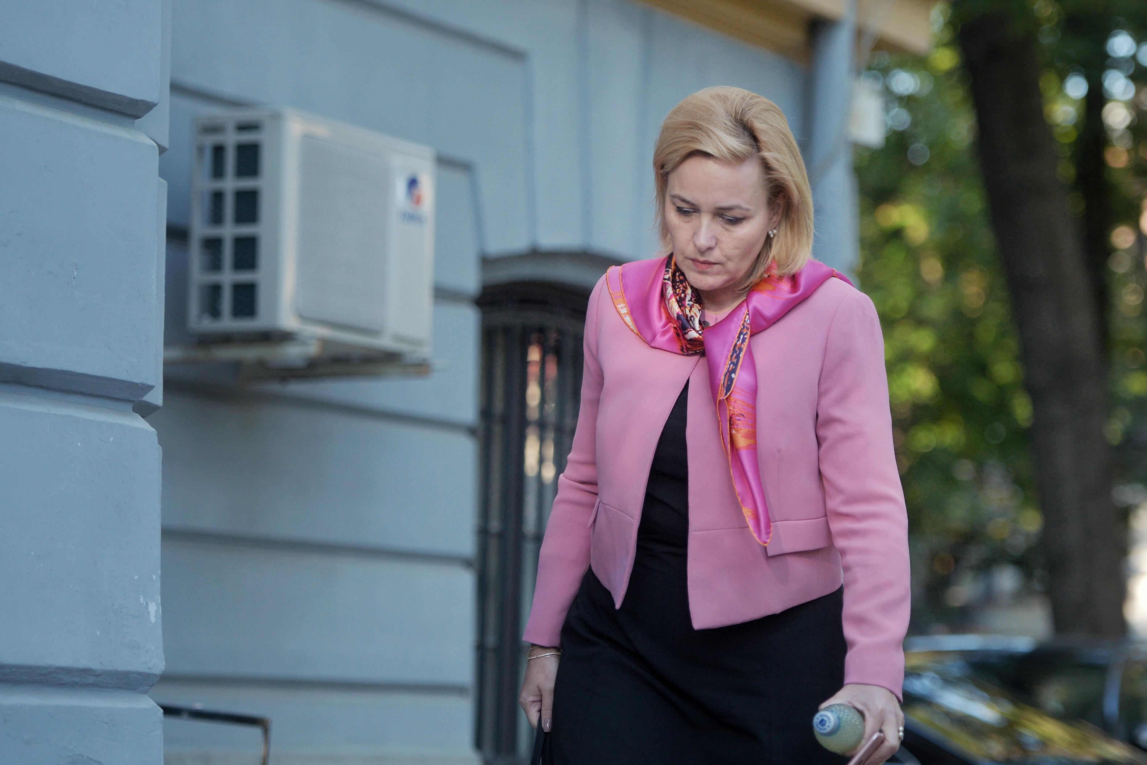 Carmen Dan, ministrul de Interne: Am găsit în locuinţa mea un dispozitiv de înregistrare. Am sesizat poliţia