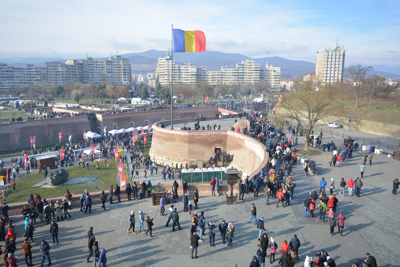 #100 Autorităţile locale au intrat în febra investiţiilor de Centenar. Sume impresionante, alocate pentru monumente şi statui. Oraşul în care se va face cea mai mare investiţie
