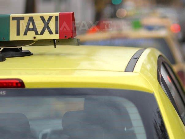 Şoferul unui taxi, prins pe Autostrada A1 cu o alcoolemie de 1,16 mg/l în aerul expirat