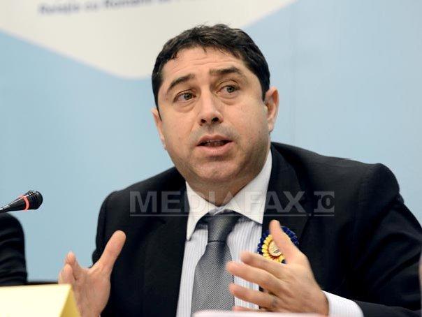 Fostul ministru de Interne Cristian David, condamnat la cinci ani de închisoare de instanţa supremă