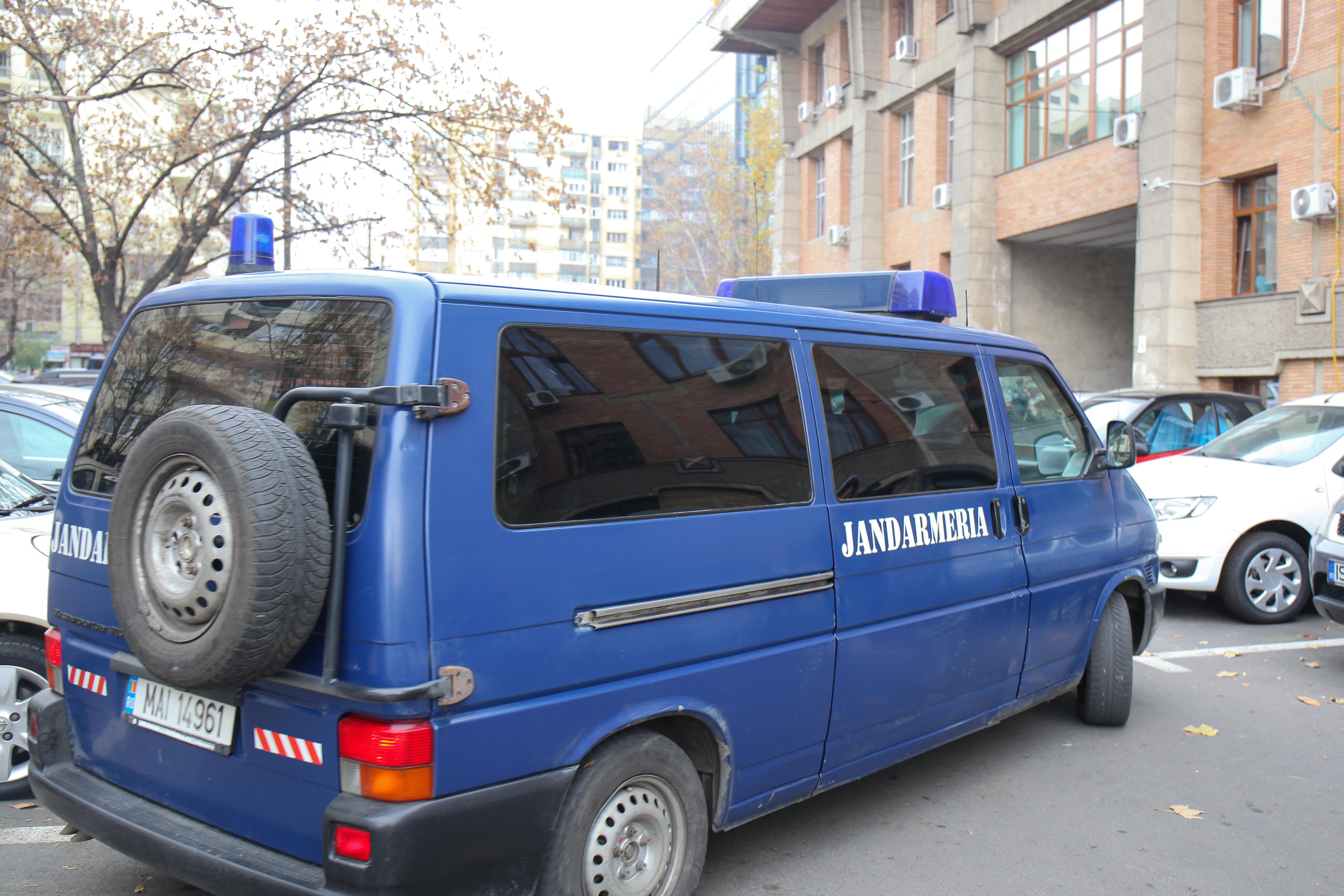 Percheziţii în Capitală şi 7 judeţe la suspecţi de evaziune fiscală; prejudiciul, 1,7 mil.de euro