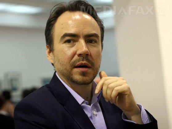Imaginea articolului Bobby Păunescu, acţionar la postul B1TV, martor la DNA în dosarul Elenei Udrea/ Ce a declarat acesta la ieşirea din sediul DNA: Am venit în calitate de regizor. Fac un film
