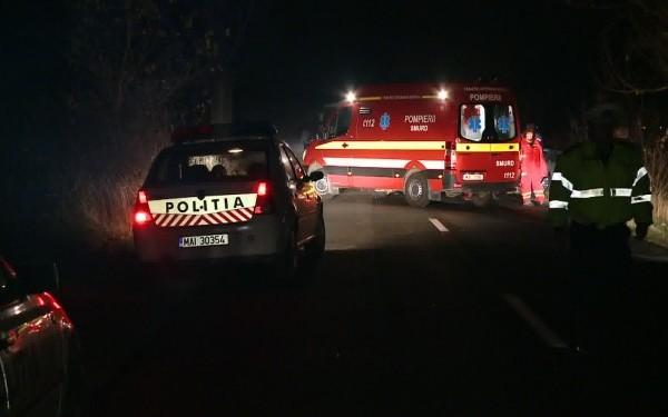 Din cauza poleiului, o maşină s-a izbit de un gard de beton, în Harghita. O persoană a murit şi alte patru au fost rănite
