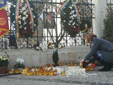 Imaginea articolului Peste 150 de ieşeni şi români de peste Prut au participat la slujba oficiată pentru Regele Mihai, la Mitropolie/ Filozoful Mihai Şora: Unul dintre oamenii mari ai ţării nu mai e printre noi - FOTO, VIDEO