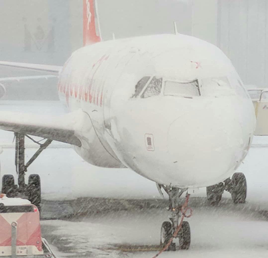 VREMEA din Europa perturbă traficul aerian. Curse aviatice către şi dinspre România, ANULATE pe mai multe aeroporturi. Situaţia exactă a zborurilor LIVE UPDATE