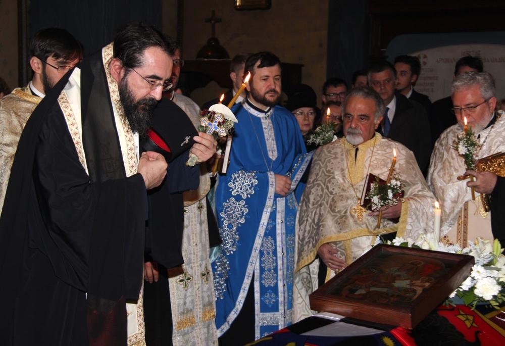 Sicriul cu trupul neînsufleţit al Regelui Mihai, depus la Catedrala Ortodoxă Greacă din Lausanne: `Am fi avut nevoie de mai multe repere ca Regele Mihai` | FOTO