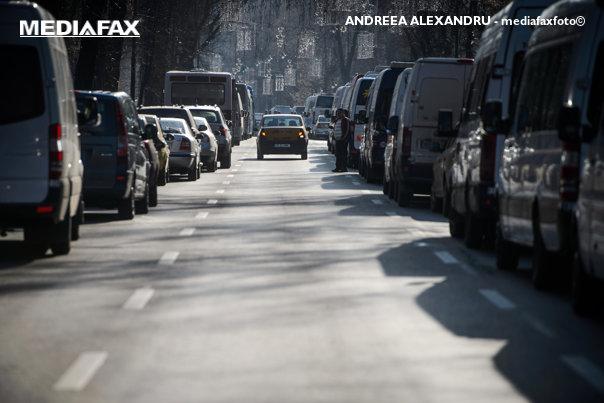 """Imaginea articolului Transportatorii rutieri suspendă protestul de miercuri, """"din respect pentru regele Mihai""""/ Peste 50.000 de persoane erau  aşteptate să protesteze în faţa Guvernului"""