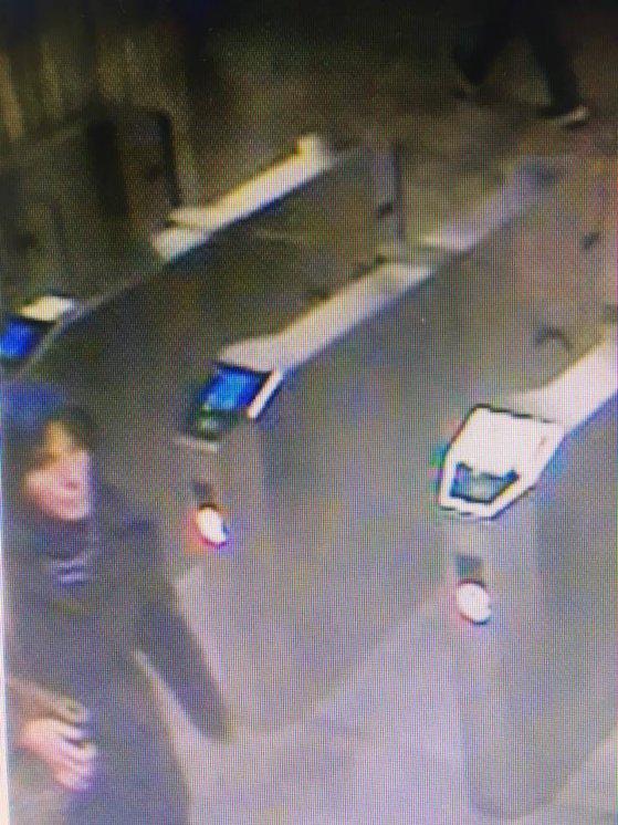 Imaginea articolului Cine este femeia suspectată de crimă la staţia de metrou Dristor. Ce transmitea aceasta pe pagina personală de facebook