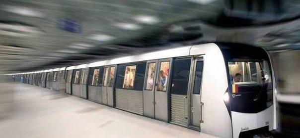 Imaginea articolului METROREX: Viteza redusă la peron ar duce la creşterea timpului de aşteptare. Siguranţa, rolul Poliţiei