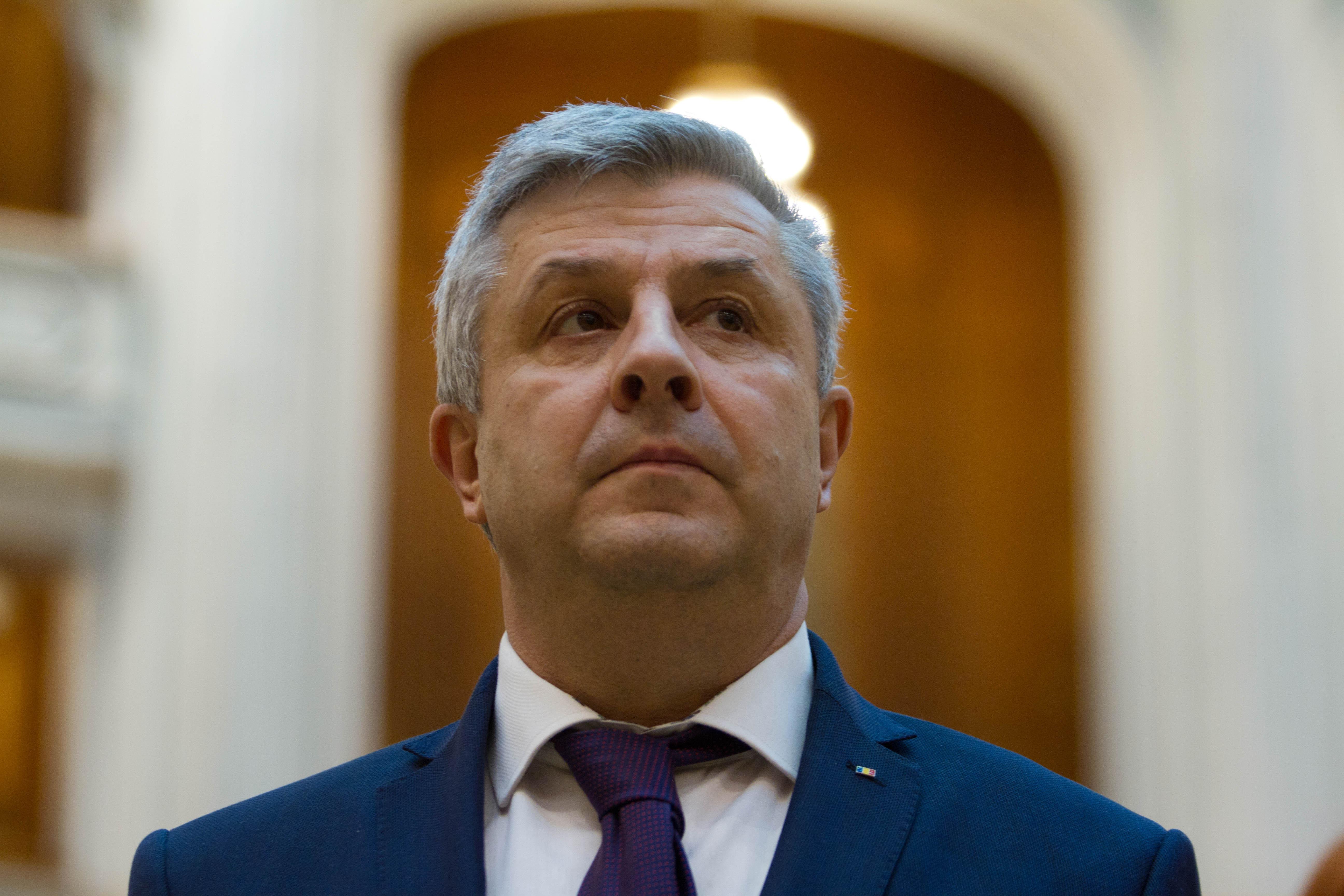 Legile Justiţiei: Comisia Iordache reia dezbaterile la proiectul care modifică Legea organizării judiciare/ Rădulescu (PSD), lui Stelian Ion (USR): `Ne abuzezi, pleacă! Vrei să te sinucizi? `