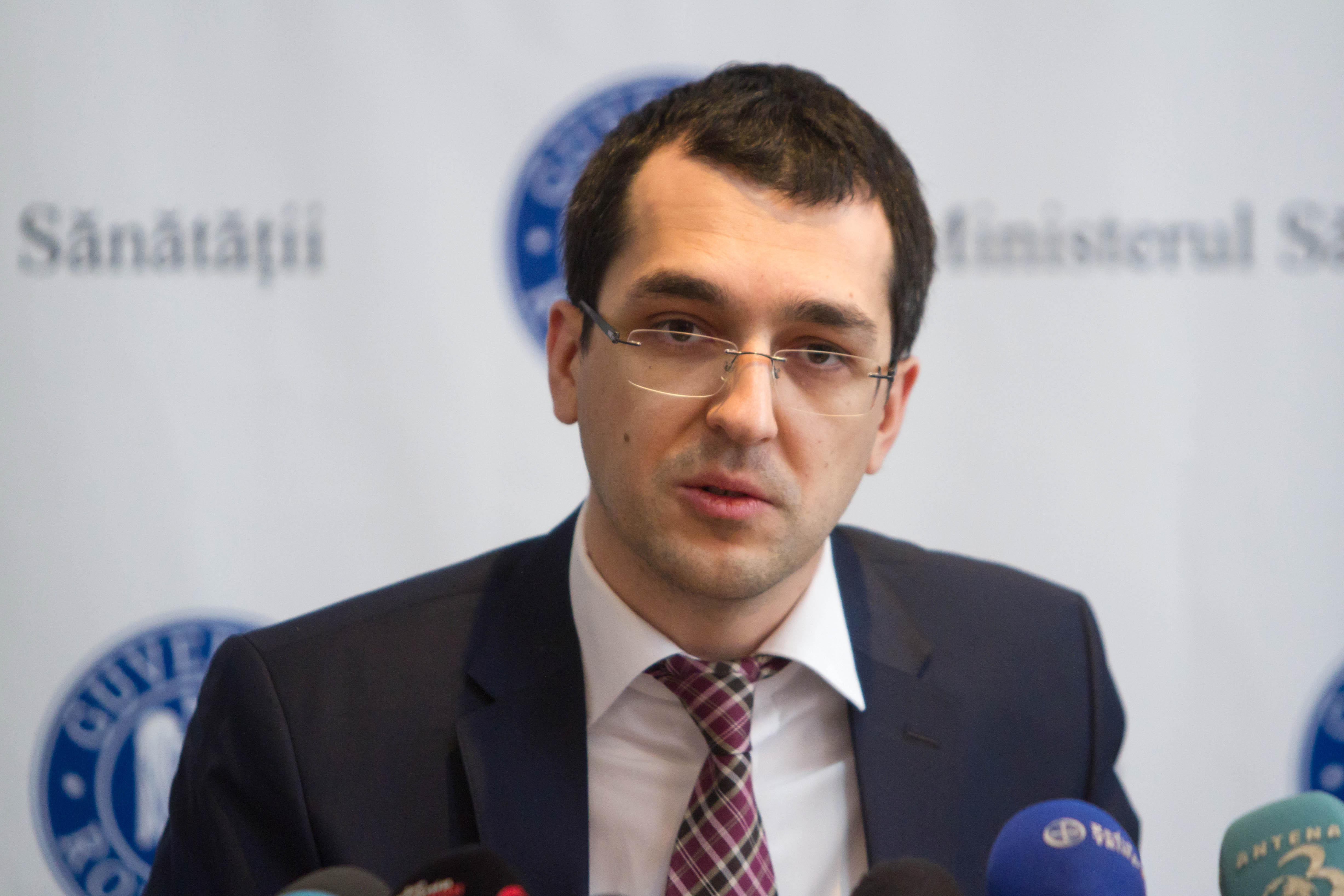 Vlad Voiculescu, despre situaţia transplanturilor: Bodog este ca o floricică. Nu a văzut nimic