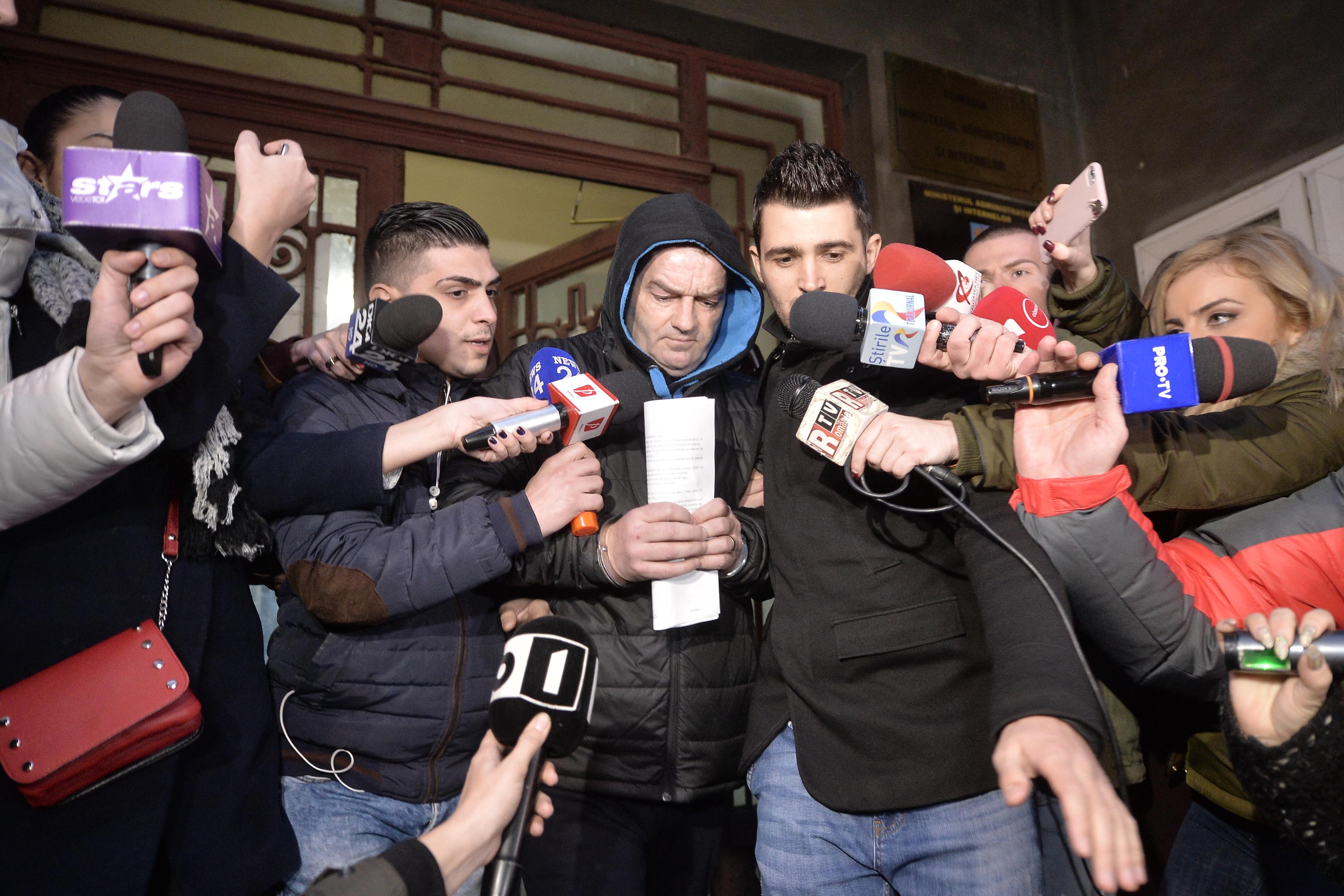 Eugen Stan, poliţistul acuzat de pedofilie, adus la Judecătoria Sectorului 6 pentru cererea de arestare