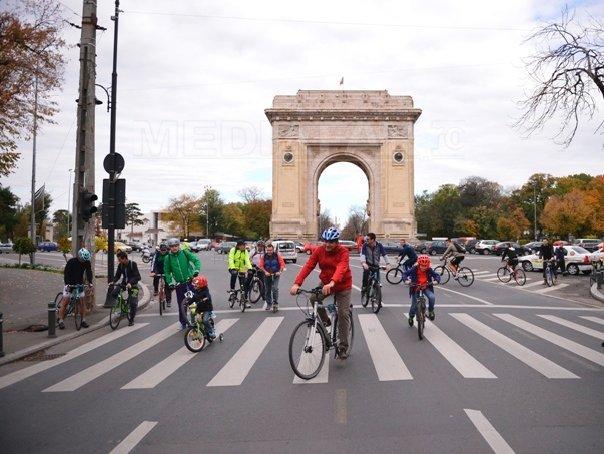 Primăria Capitalei acordă 25.000 de vouchere bicicliştilor înscrişi în proiectul de anul trecut