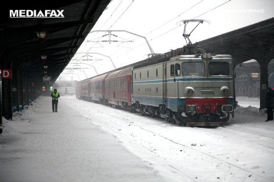 Imaginea articolului Circulaţie feroviară pe un singur fir, în Braşov, din cauza lipsei de tensiune