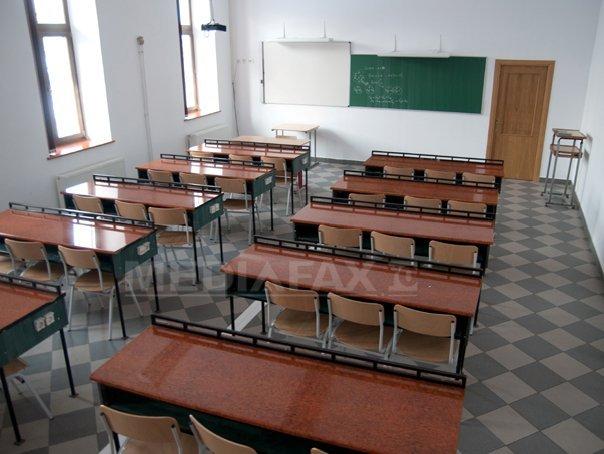 Ministerul Educaţiei: Vineri, cursurile vor fi suspendate în 30 de unităţi şcolare din Galaţi, Iaşi, Prahova şi Tulcea