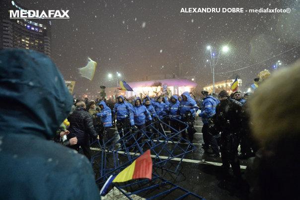 Imaginea articolului Vicepreşedintele Comisiei de Apărare cere verificarea, în Parlament, a modului în care au intervenit jandarmii la proteste