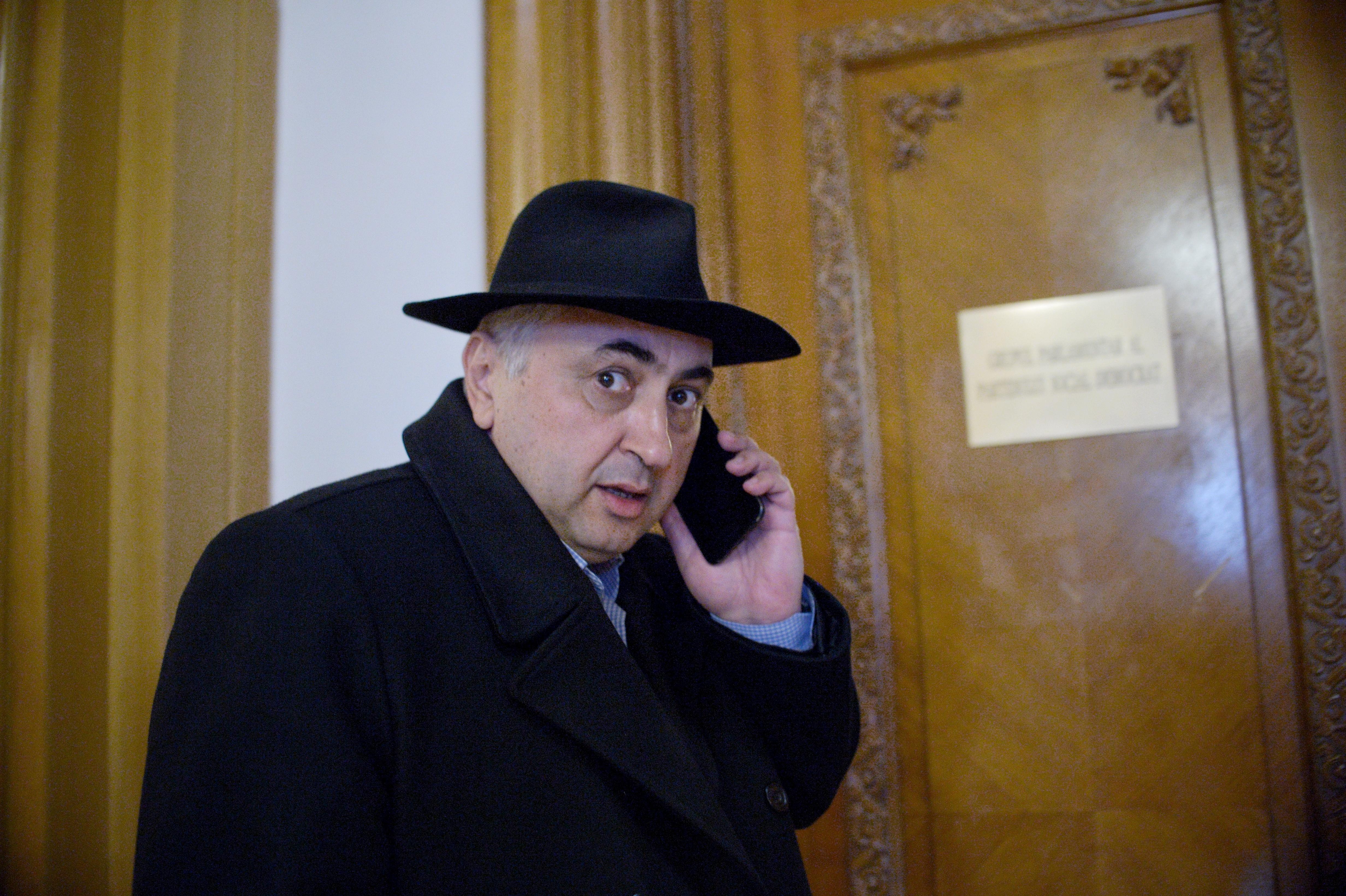 Valentin Popa, viitorul ministru al Educaţiei, despre plagiate: Nici legea nu prevede clar unde să pui ghilimele; este păcat să scoatem în evidenţă elemente nu atât de importante/ DISCURSUL său, cu greşeli şi după audiere