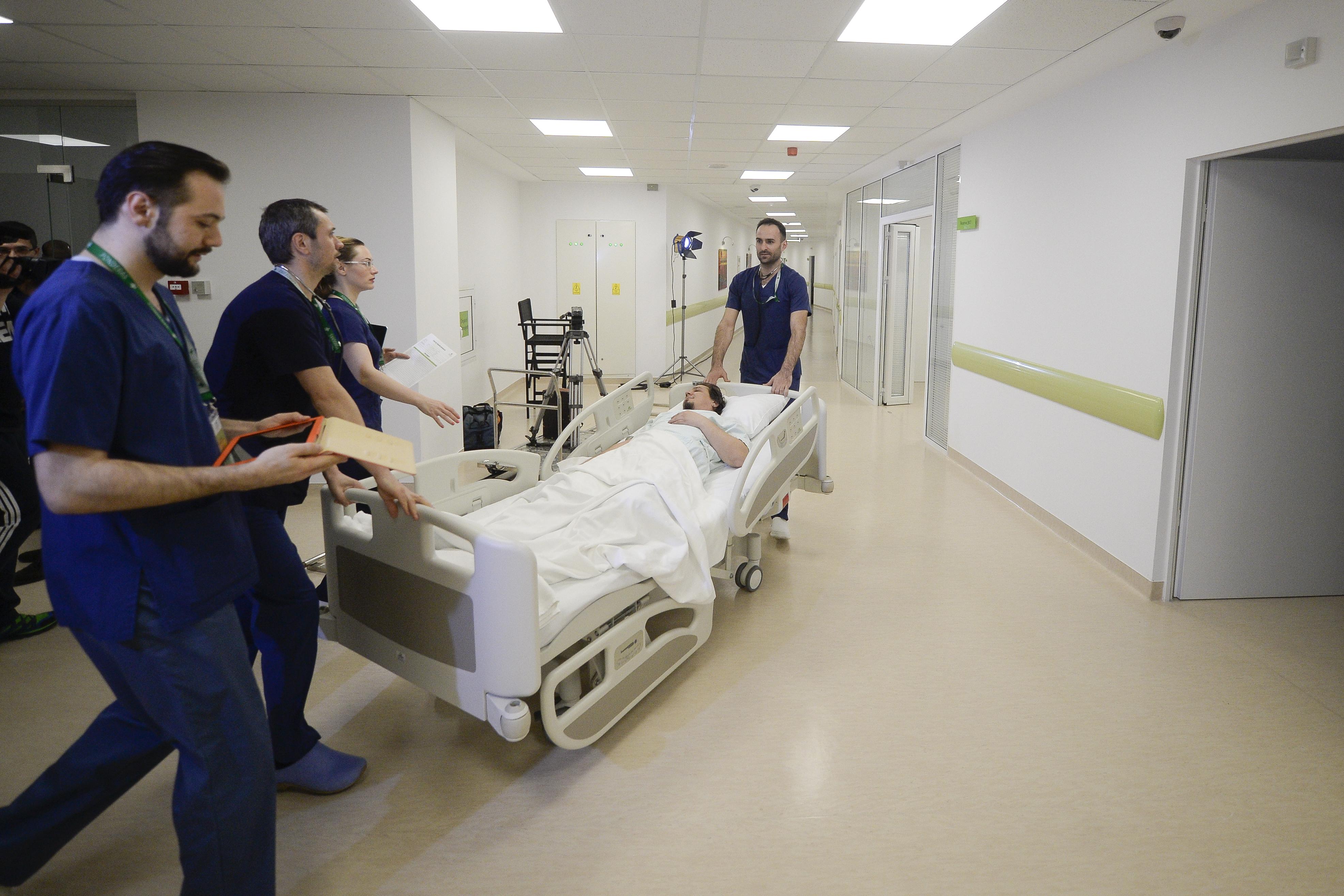 Spitalul Clinic `Victor Babeş` şi Institutul Naţional de Boli Infecţioase Prof. Dr. Matei Balş din Capitală, în carantină din cauza cazurilor de gripă
