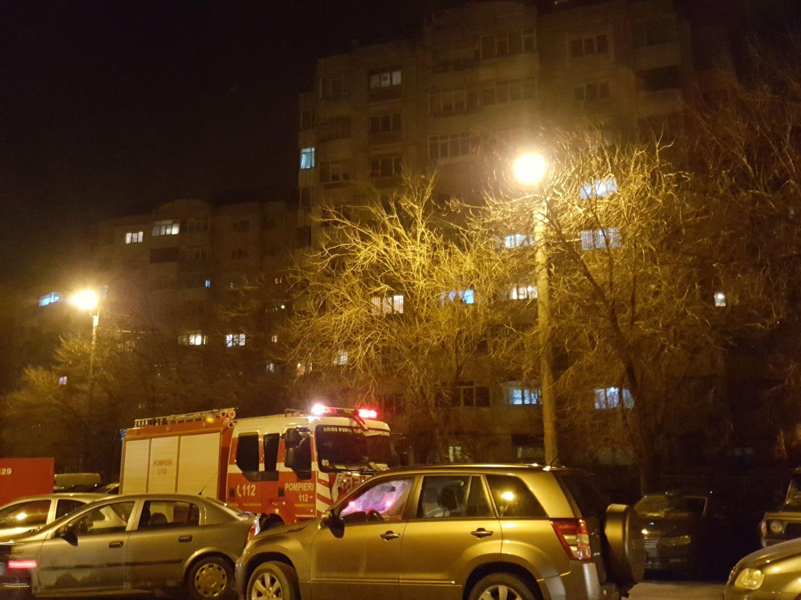 Explozie într-un bloc din Iaşi, după ce un bărbat a vrut să sudeze o ţeavă de gaz la centrală