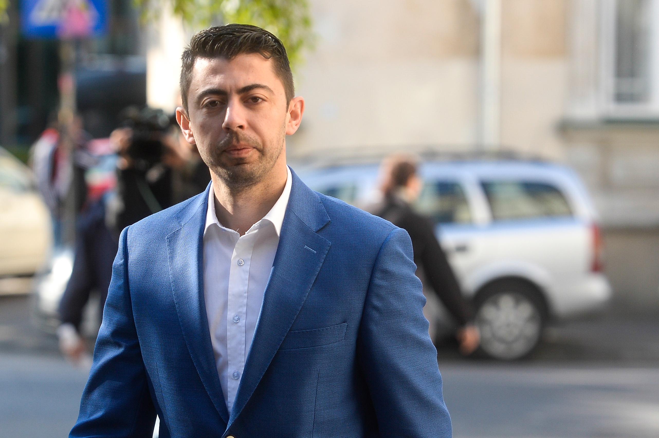 Comisia SRI se sesizează după înregistrările lui Vlad Cosma: Vrem să ştim dacă Dragoş e angajat SRI