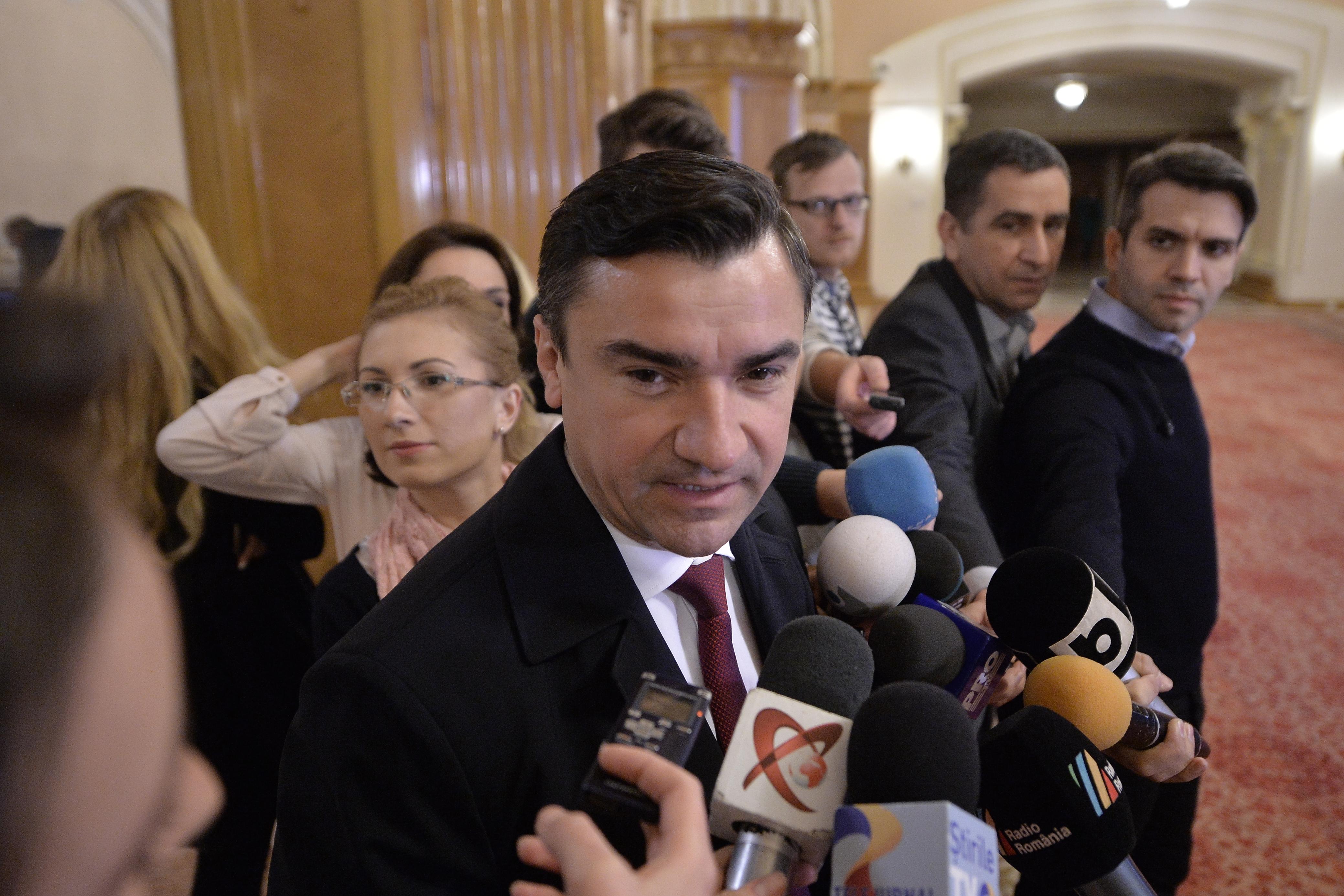 Sesizare a Poliţiei Locale, aflată în subordinea primarului Chirica, legată de renovări fără autorizaţie ale sediului PSD