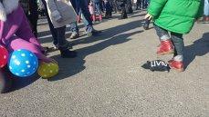 Imaginea articolului Protest al mamelor, în Piaţa Victoriei, faţă de OUG 3 în urma căreia scad veniturile din concedii medicale sau prenatale: Nu se încurajează natalitatea