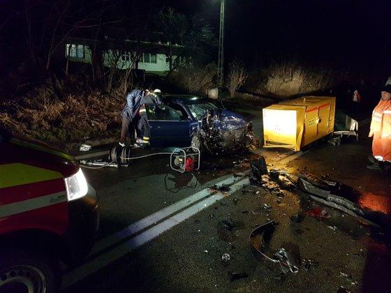 Imaginea articolului Şase persoane, rănite într-un accident pe Valea Oltului, după ce un şofer a adormit la volan | FOTO
