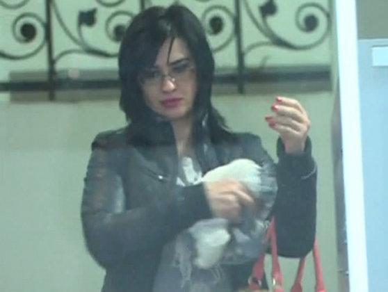Imaginea articolului Fosta judecătoare Geanina Terceanu a fost luată cu poliţia de acasă şi dusă la Arestul Capitalei