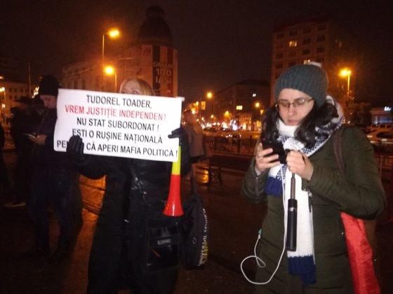 Imaginea articolului Proteste în mai multe oraşe din ţară, după anunţul lui Tudorel Toader privind revocarea şefei DNA | FOTO, VIDEO