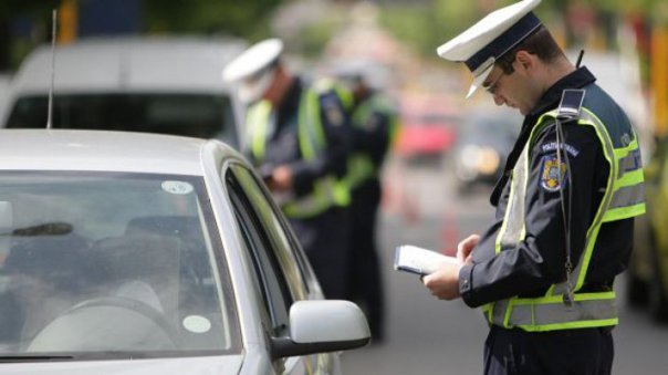 Imaginea articolului Lider sindicat Poliţie confirmă ce bănuiau toţi şoferii: Poliţiştii au o normă de amenzi pe care trebuie să o îndeplinească
