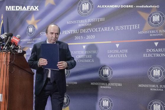 Imaginea articolului Tudorel Toader anunţă că s-a întâlnit miercuri cu delegaţia Grupului de State împotriva Corupţiei, GRECO. Discuţiile au vizat legile justiţiei