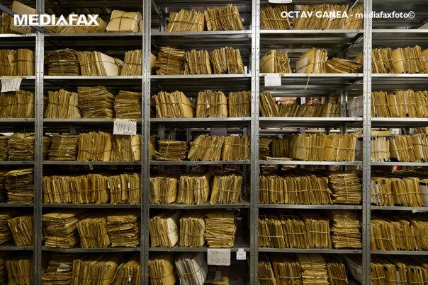 Imaginea articolului BREAKING | DOCUMENTELE privind arhiva SIPA deţinute de CSAT, predate comisiei de anchetă/ Preşedintele Comisiei: Noi am solicitat documentele ce vizează SIPA