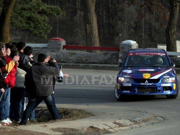 Imaginea articolului Segmente de drumuri naţionale închise de azi, pentru Raliul Braşovului